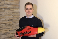 Philipp-Lahm-with-BigShoe-Germany-April-2019